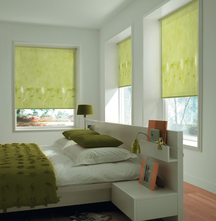Rullgardinen är ett klassiskt solskydd för fönster inomhus